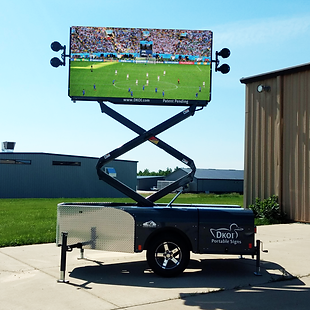 DKOI X Multimedia portable video screen with speakers