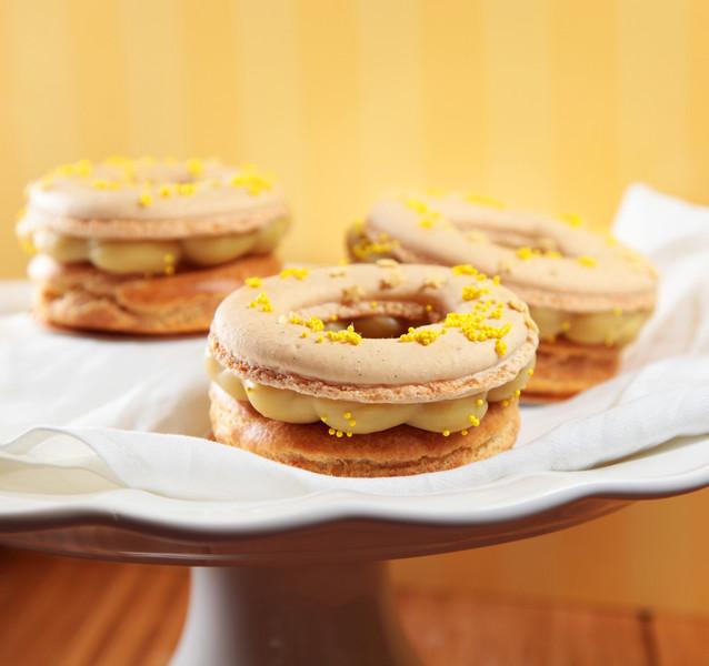 Vanilla and Banana Macaron Donut