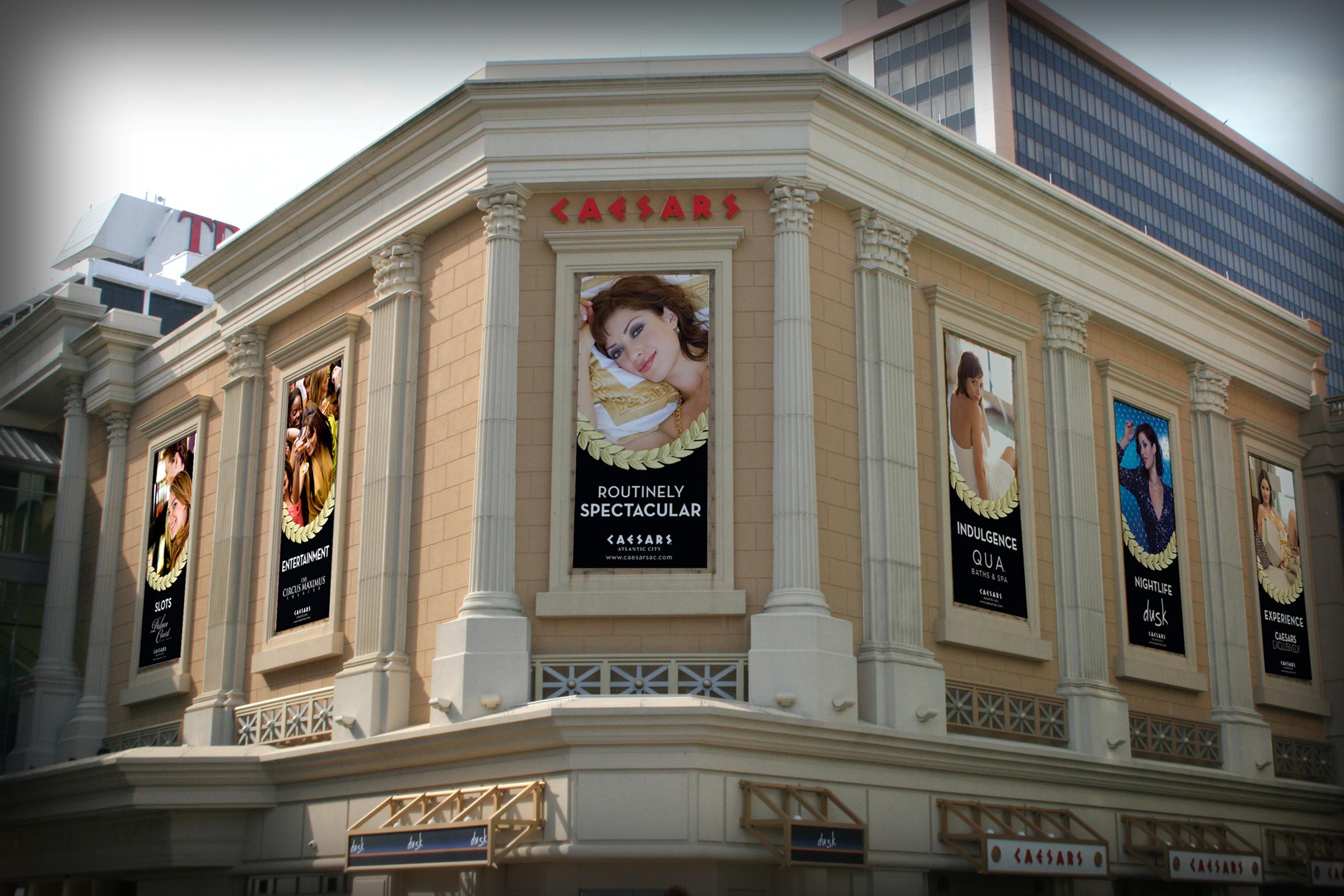 OUTDOOR: Caesars Banner