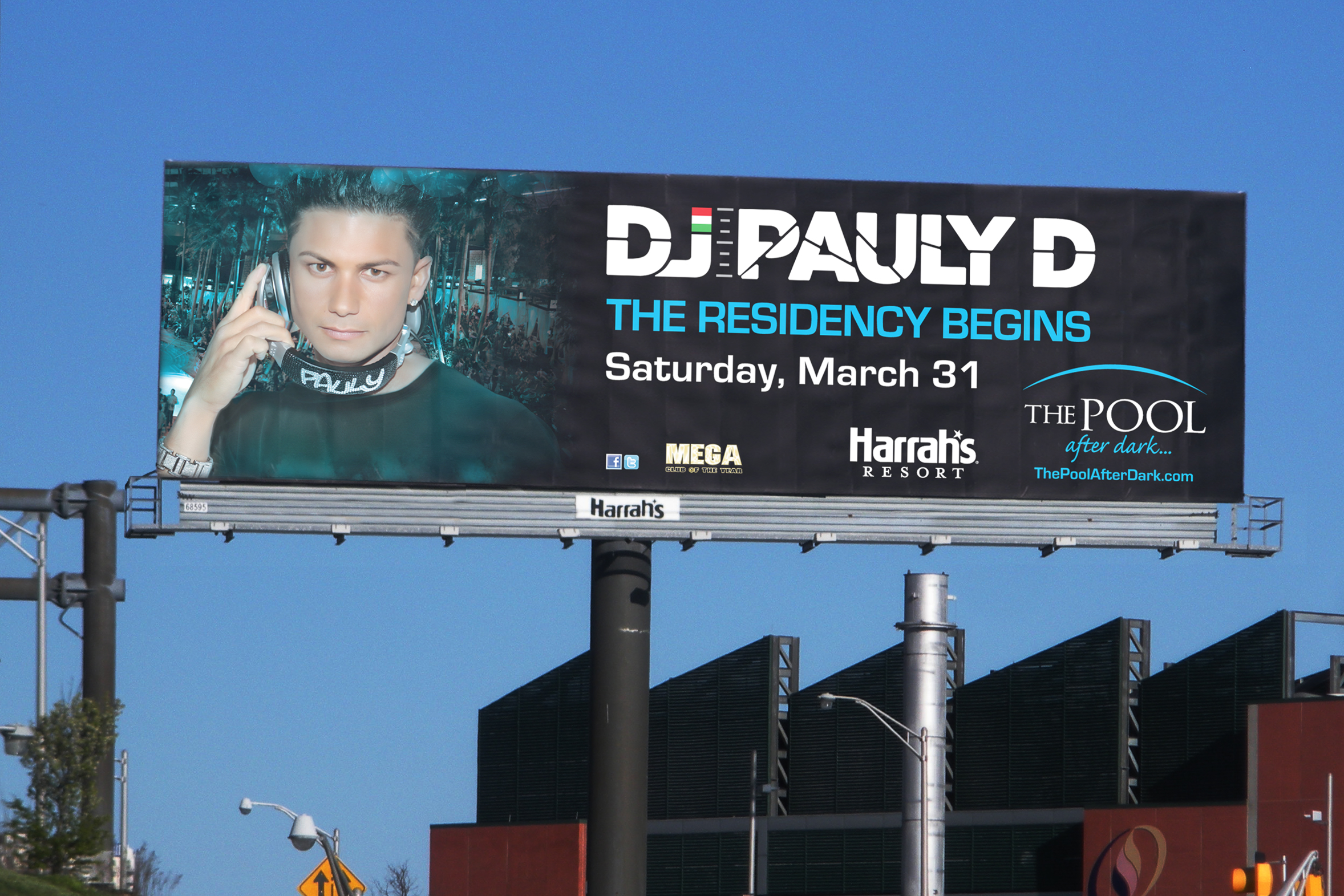 OUTDOOR: DJ Pauly D