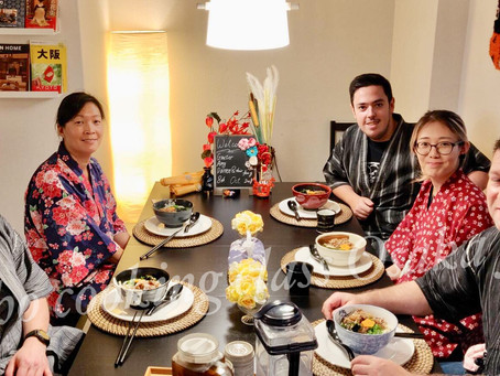 """This morning,we had our customers from Australia 🇦🇺&England 🇬🇧.It was """"Udon cooking activi"""