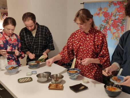 "This afternoon, we had our customers from Australia.It was ""Vegan Ramen from Scratch"".Thank you very"
