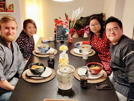 """This morning,we had our customers from Finland🇫🇮&Hongkong🇭🇰. It was """"Udon cooking activity"""