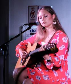Lauren Lindsay