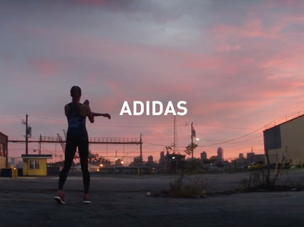 17_Adidas.jpg