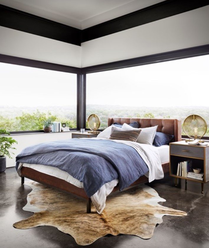 Harper Tufted Bed