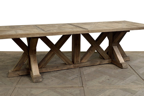 Highgarden Dining Table