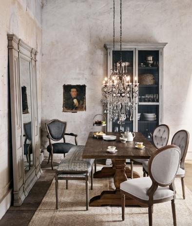 Royal Oak Dining Table