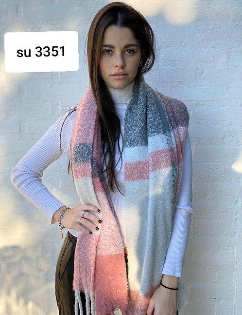 3351 Bufandon de lana bouclé.