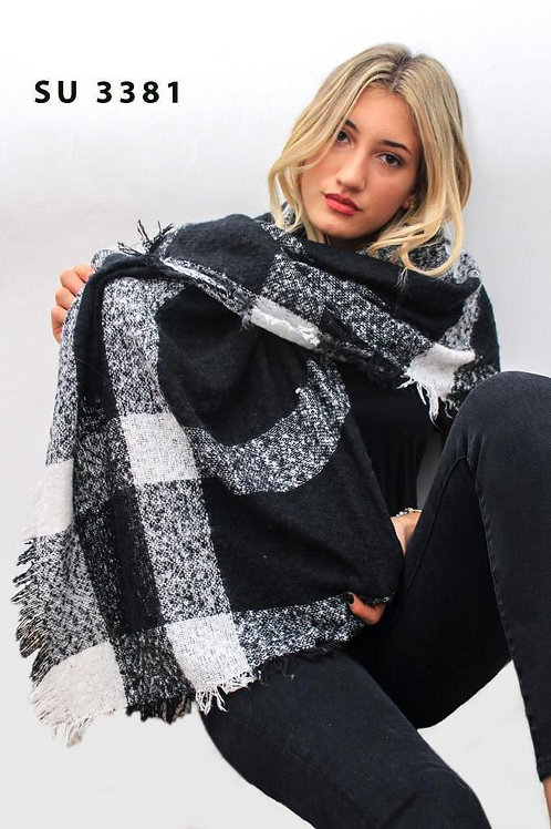 3181 Maxipañoleta de lana boucle