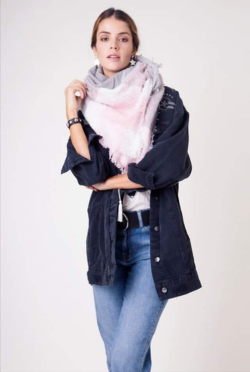 L-0101 Pañoleta de lana, en rosa y celeste