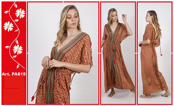 PA815 Vestido largo de seda estampada con lazo.