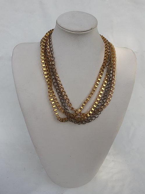 B-762 Collar metálico dorado