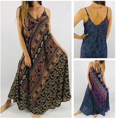 PA 831 Vestido largo de SEDA ESTAMPADA. Origen: India.