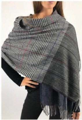 C17 Bufandones de lana con flecos