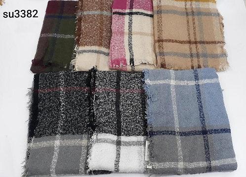 3382 Maxipañoleta de lana boucle, importadas