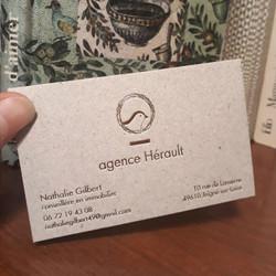 hortense-rossignol-graphiste-angers-carte-de-visite-marquage-a-chaud-or-carton-gris-1