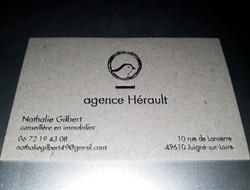 hortense-rossignol-graphiste-angers-carte-de-visite-marquage-a-chaud-or-carton-gris-4