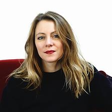 Découvrez le portrait de Hortense, fondatrice de l'agence de communication et studio de création situé à Angers.