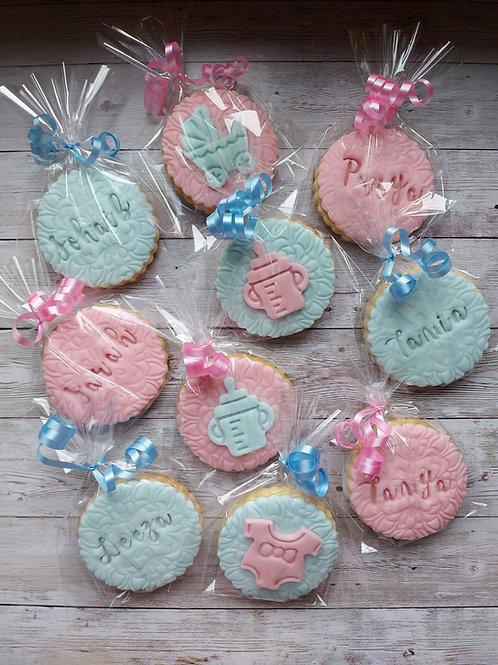 Gender reveal cookies personalised
