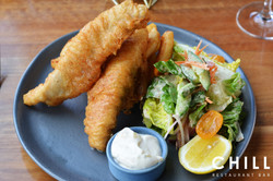 Fish_and_chips_–_white_fish_fillet_–_fri