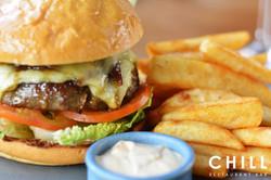 Angel_Bay_beef_burger_–_lettuce_–_tomato