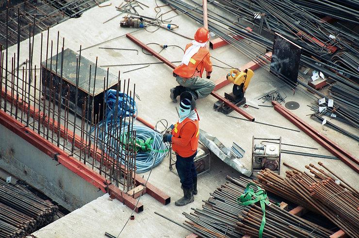 Mężczyźni na budowie