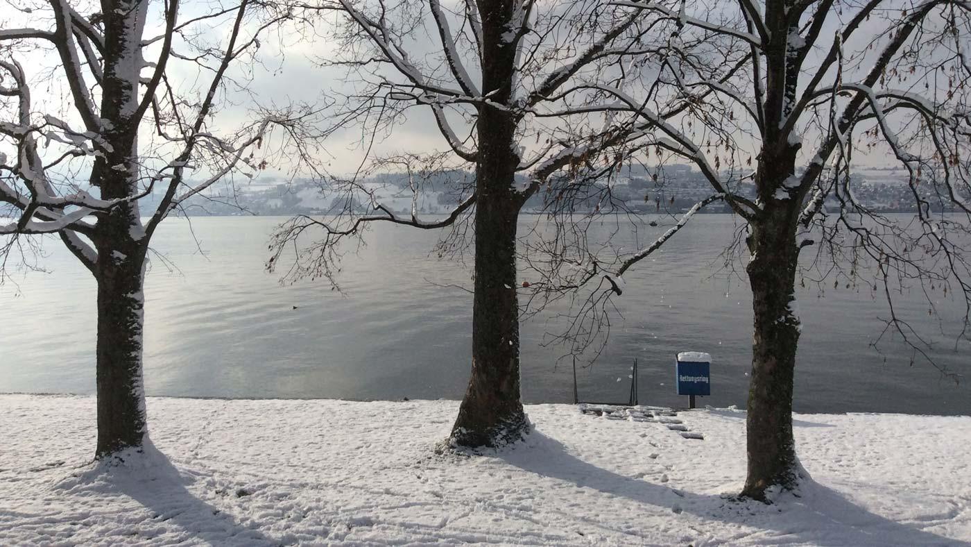 Winterstimmung-im-Seebad-Lattenberg-2.jp