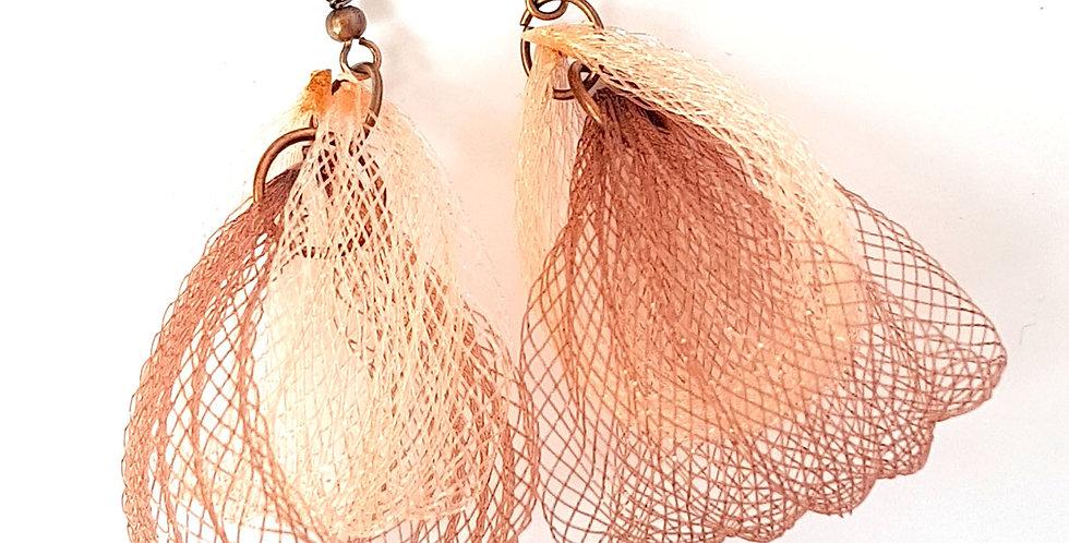 Серьги из сетки Лилия двойные коричнево-бежевые