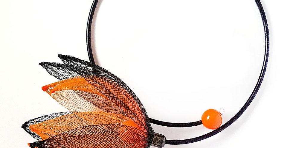 Чокер из сетки Лилия черно-оранжевый