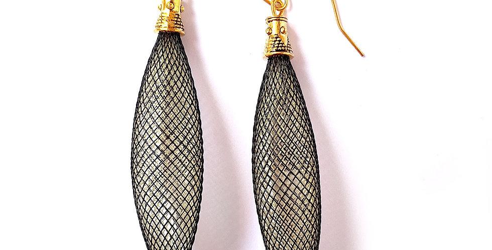 Серьги из сетки Кокон черно-золотистые