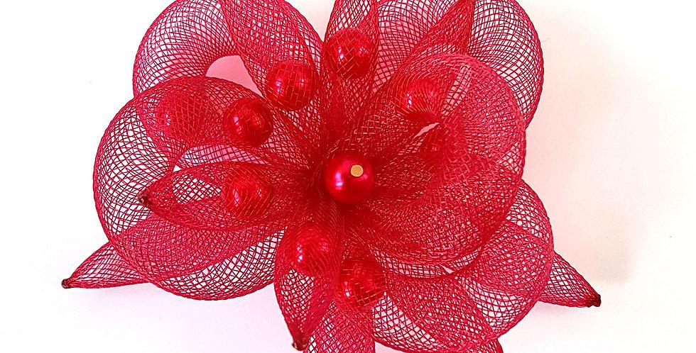 Брошь из сетки Вишневый цветок