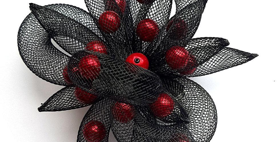 Брошь Черный цветок с красным