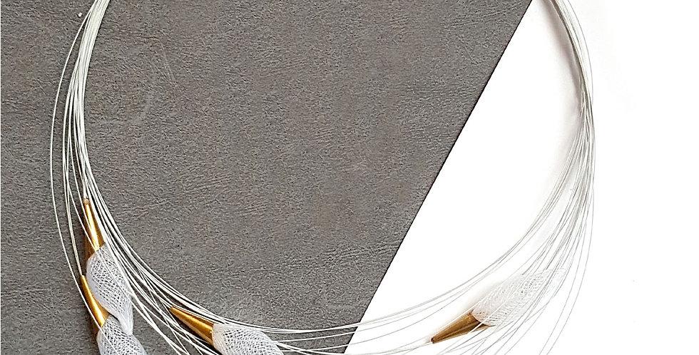 Ожерелье из сетки Орбиты белый