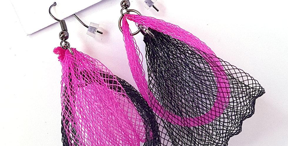 Серьги из сетки Лилия двойные черно-фуксия