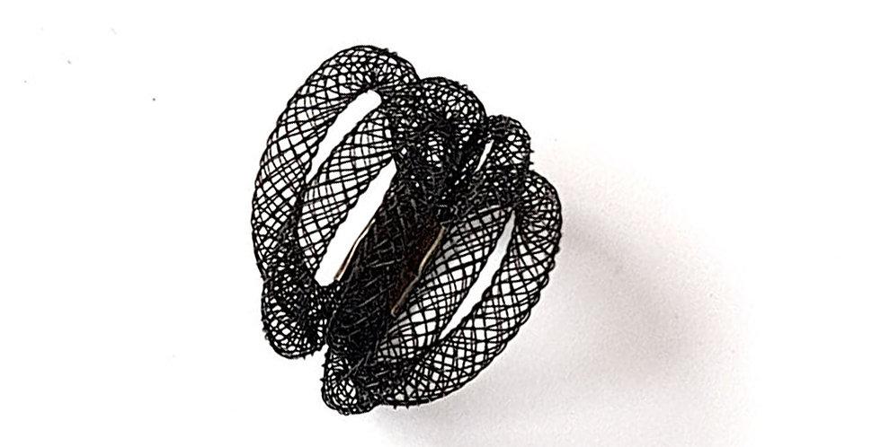 Кольцо из сетки Клубок черное