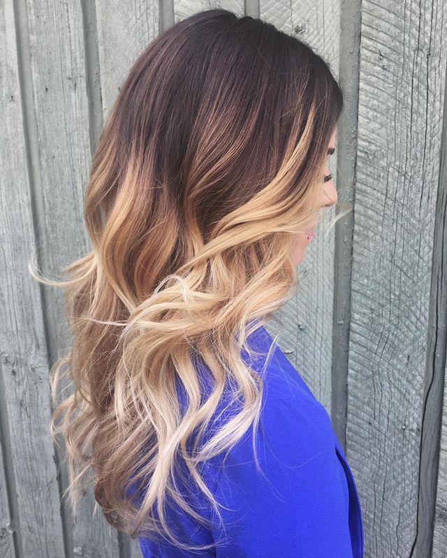 Giiiiiirl stop 💁_#yegsalon #yeggers #yegstylist #hairideas #ombre #balayage #hairpainting #sombre #