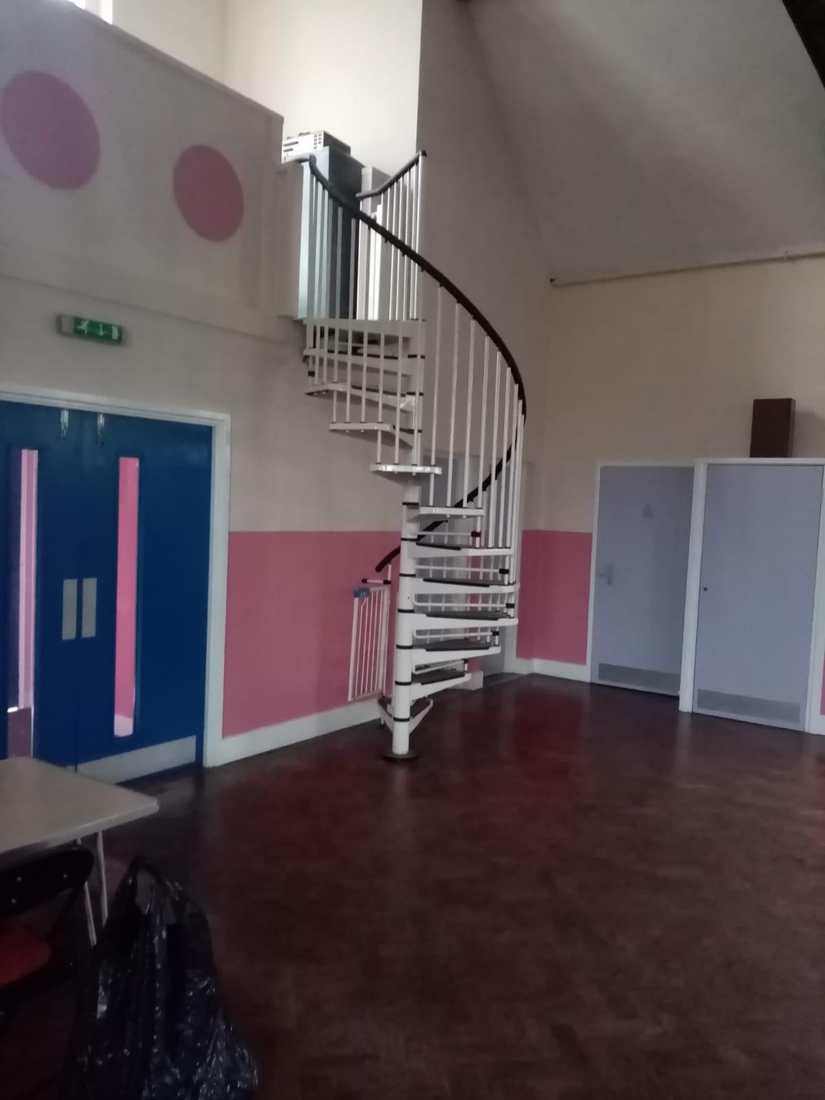 Large hall 1
