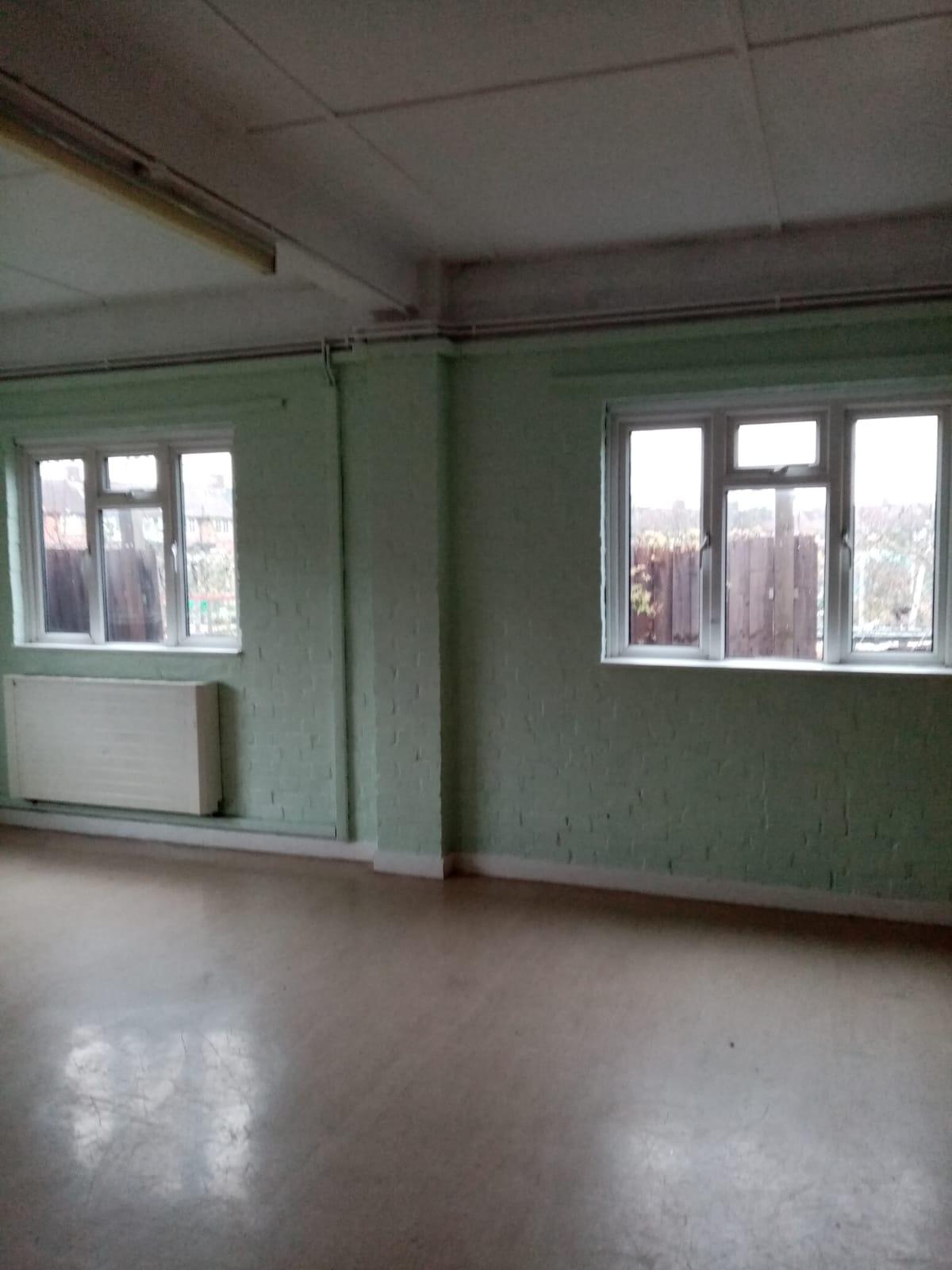 Small hall (4)