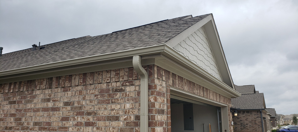 Seamless Gutters in Tomball, TX
