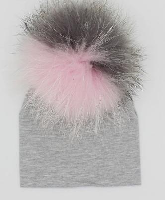 *SOLD* Pom Pom Hat: Designed by @evagorj