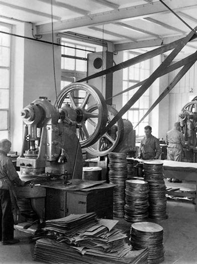 Stand_der_Technik_bis_1945_.jpg