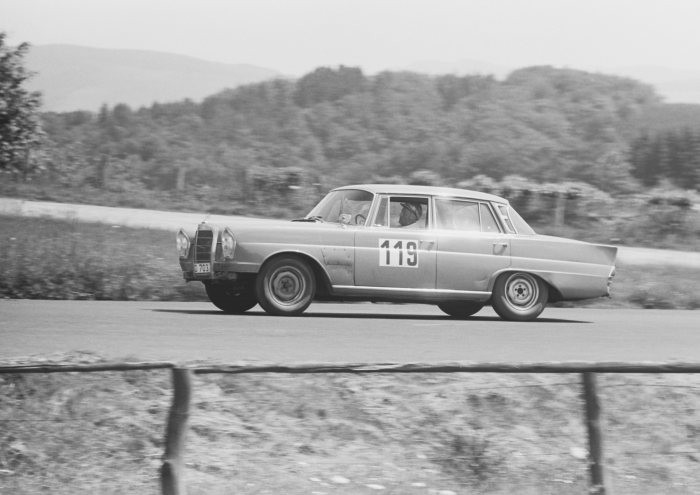 300 SE at the Nurburgring, 1964   Image by Mercedes