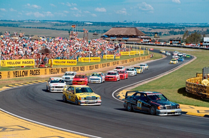 190Es and E30 M3s on track in 1990    Image by Mercedes