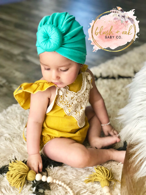 00461f407bf4 We have been getting bombarded with questions about where I get these  little turbans for my baby girl....(pictured in the first ...