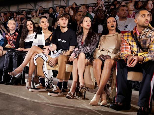 Idols Who Stole The Show At Fashion Weeks