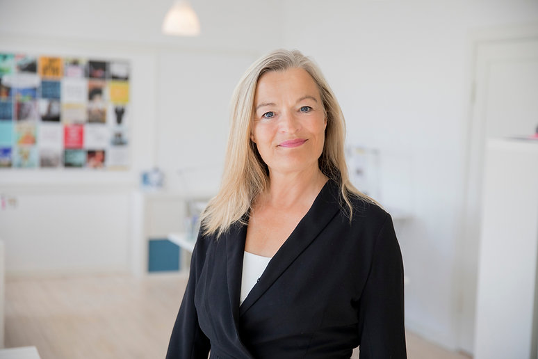 Karen Lumholt solo kontor.jpg