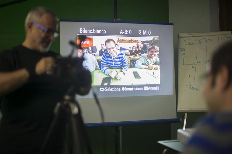 corso_full_immersion_ripresa_montaggio_editing_postproduzione_snorizzazione_fotocamere_reflex_dslr_3