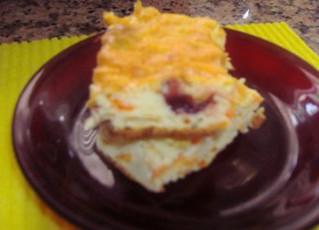 מאפה גבינה דיאטטי עם חמוציות, גזר ותפוח עץ (10 מנות כל מנה כ- 100 קלוריות)
