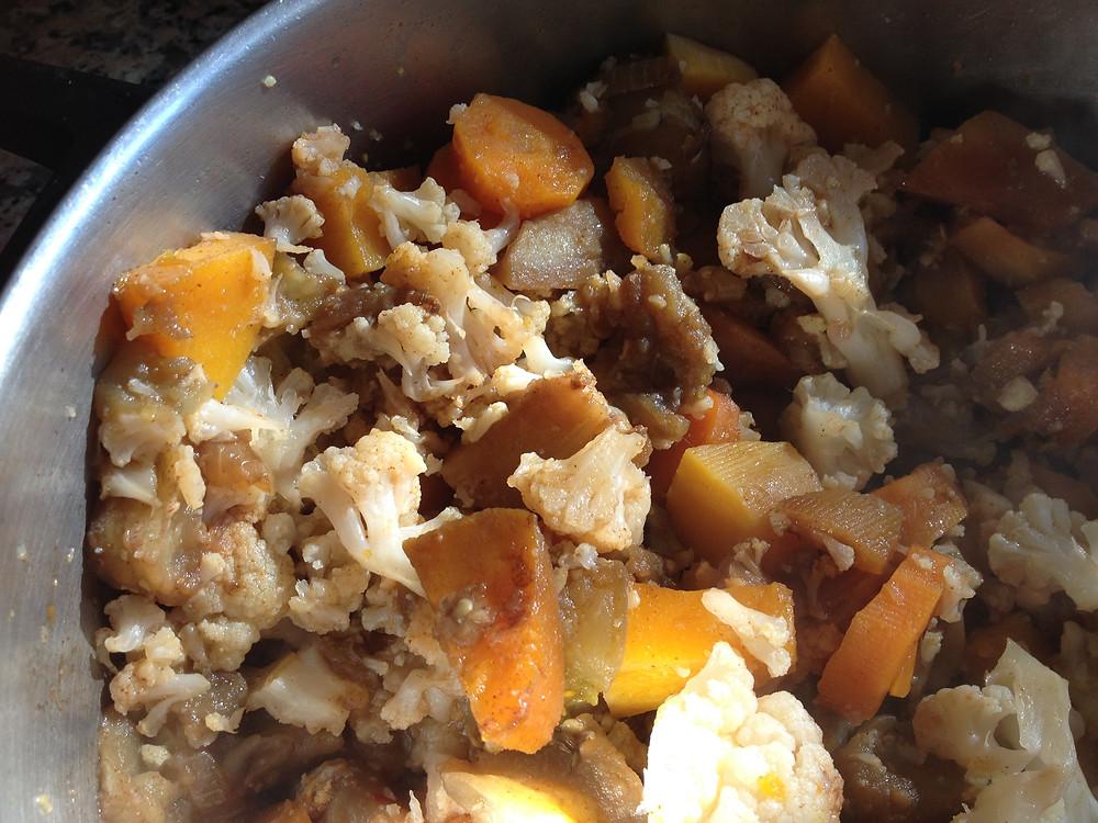 תבשיל ירקות חורפיים דיאטטיית בטעם קצת אחר